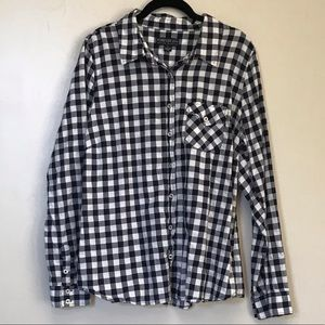 Forever 21 plus gingham button up shirt